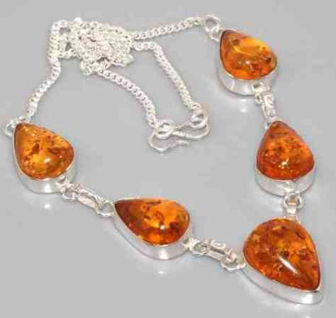 Amber_Necklace_m